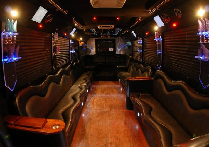 Long Island Wine Tours Party Bus